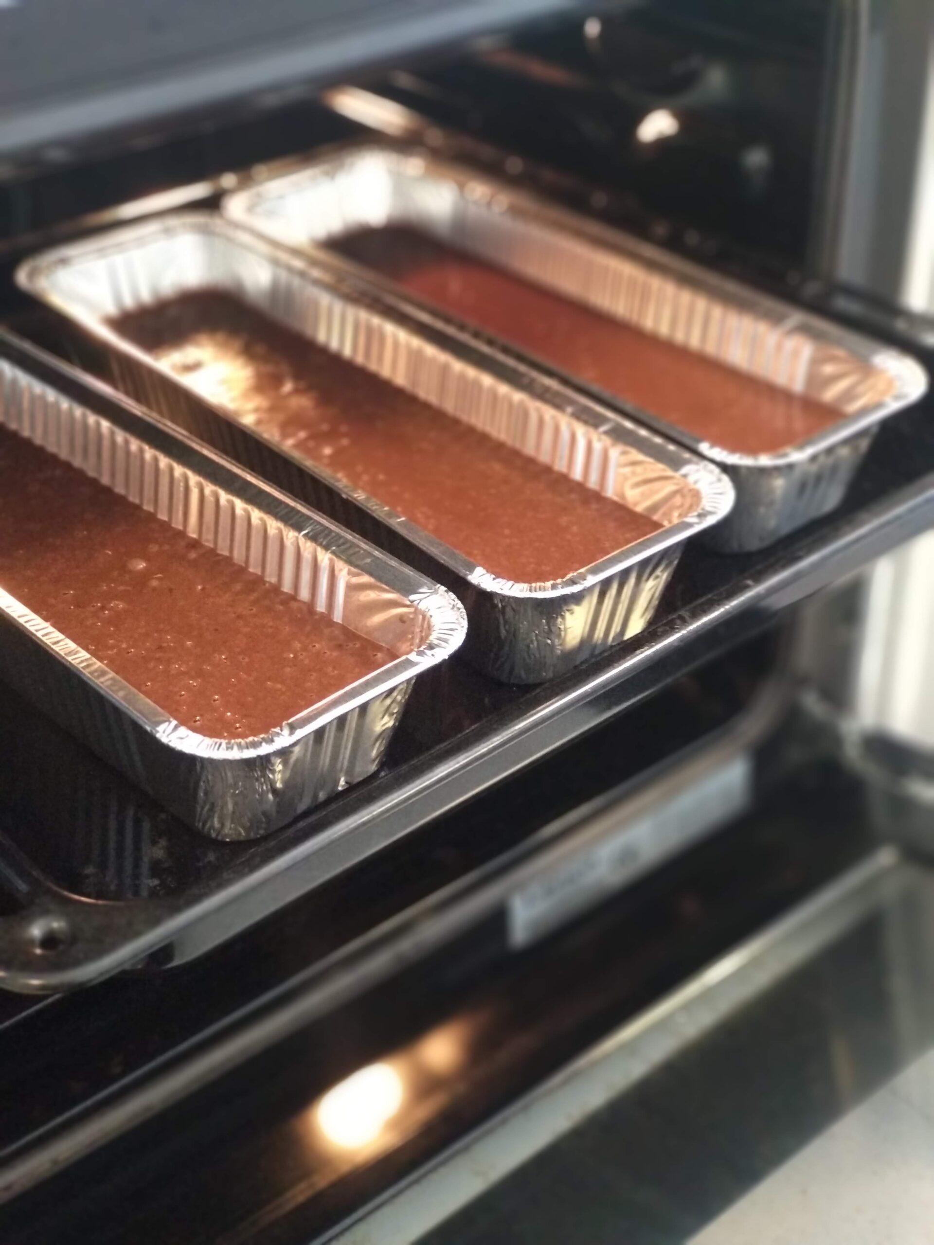 עוגה בתנור